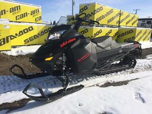 2016 Ski-Doo Summit SP 146 800R E-Tec Pull Start
