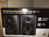 Pair of Behringer 150w x2 (300w total) amped studio monitors