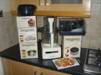 Magimix CS 5200XL Food Processor 1100W - CREAM - Lots of Brand New Accessories