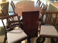 Nice Wooden Dining Room Table with 6 Chairs