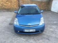TOYOTA PRIUS T3 VVT-I AUTOMATIC MOT UNTIL DEC 2018 NICE AND CLEAN