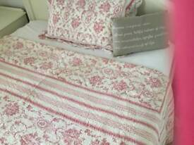 French toile quilt kings size