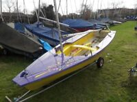 Miracle 3.9M long one design dinghy with symmetric spinnaker