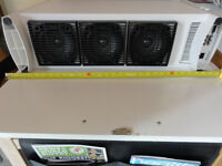 Extra Big White Bose accoustimass system near mint Condition perfect working Order