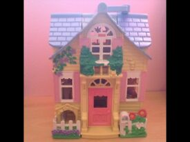 Doll house/cottage.