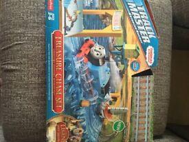 Thomas treasure chase set trackmaster