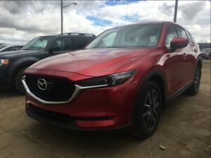 2017 Mazda CX-5 GT *AWD* *Leather* *Almost New*