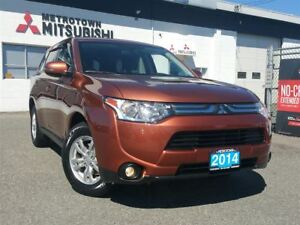 2014 Mitsubishi Outlander SE AWC; Local & No accidents