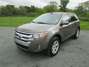 2014 Ford Edge SEL.. Keyless Entry.. Heated Seats.. PWLM