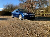 Vauxhall Astra 1.8 i Design Twin Top 2dr Manual Petrol In Blue - Convertible - Full Service History