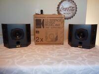 Stunning Kef AV2 SP3163 Reference Series Surround/Rear Dipole Speakers - THX Certified