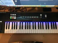Native Instruments Komplete Kontrol S49 For Sale (Mint Condition) Komplete Select 11 Included