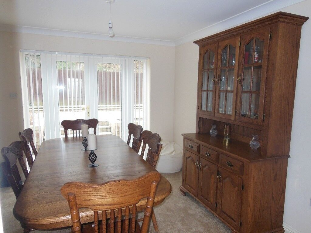 Traditional Mid Oak Dining Room Tables Chairs And Cabinet