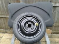 Ford Focus spare tyre & parcel shelf.