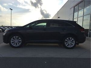 2015 Toyota Venza 4CYL LE London Ontario image 2