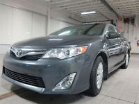 2013 Toyota Camry XLE CUIR TOIT 8 ROUES INCLUS! PRIX IMBATTABLE!