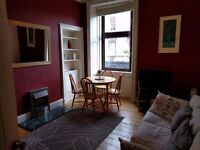 Lovely traditional 2 bedroom City Centre/Leith Holiday Let