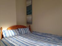 Delightful 2 /3 bedroom house to let