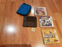 Nintendo 2DS black blue in excellent condition