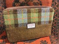 Genuine Harris Tweed Laptop/MacBook/Tablet iPad Pro Case/Bag-Padded interior Secure Zip