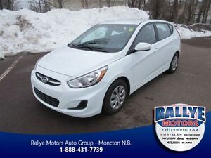 2016 Hyundai Accent GL! ONLY 18 KM! Heated Seats! Bluetooth!