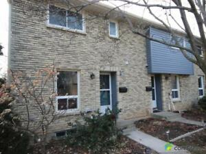 $250,000 - Townhouse for sale in St. Catharines