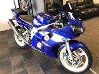 Yamaha R6 1999 ** low mileage**