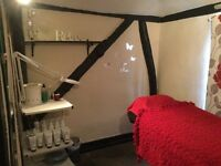 Beauty/chiropodist Room To Rent