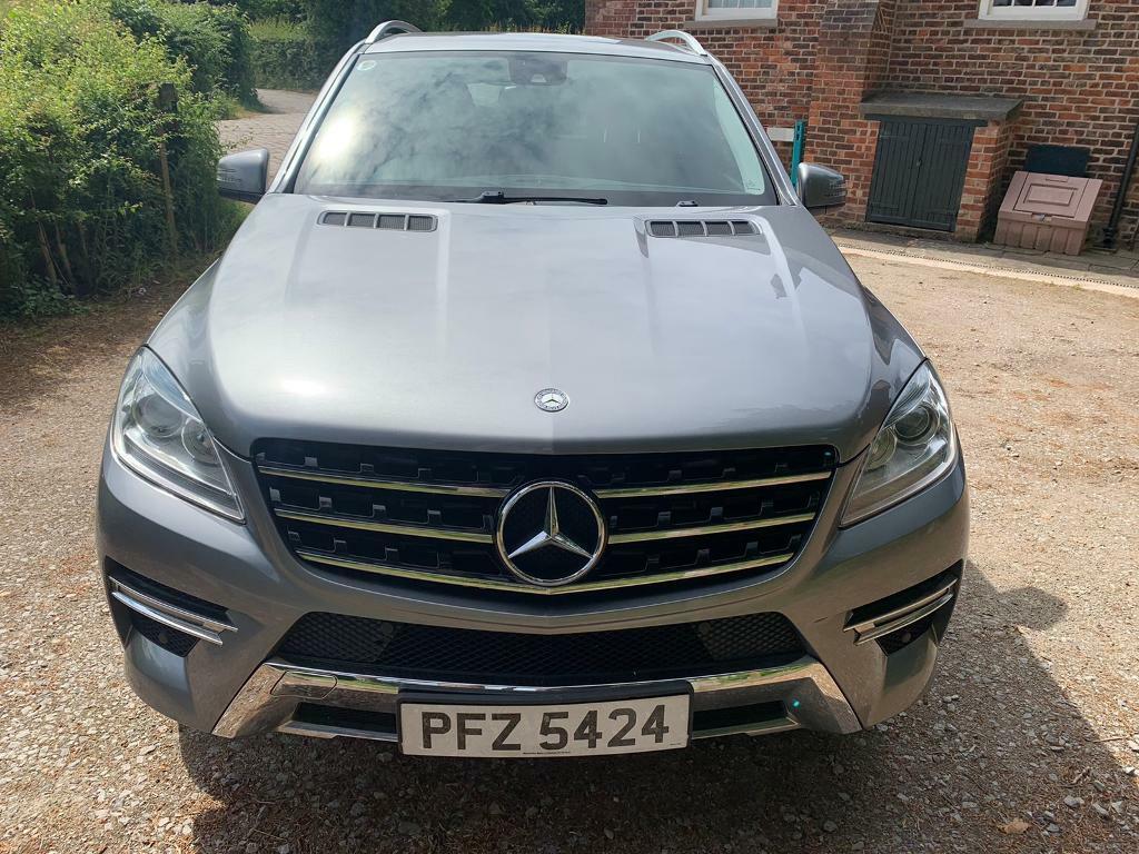 Mercedes Benz ML suv