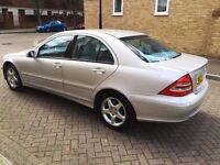 MERCEDES C200 KOMPRESSOR 1.8 AUTOMATIC FULL LEATHER SEATS LOW MILEAGE