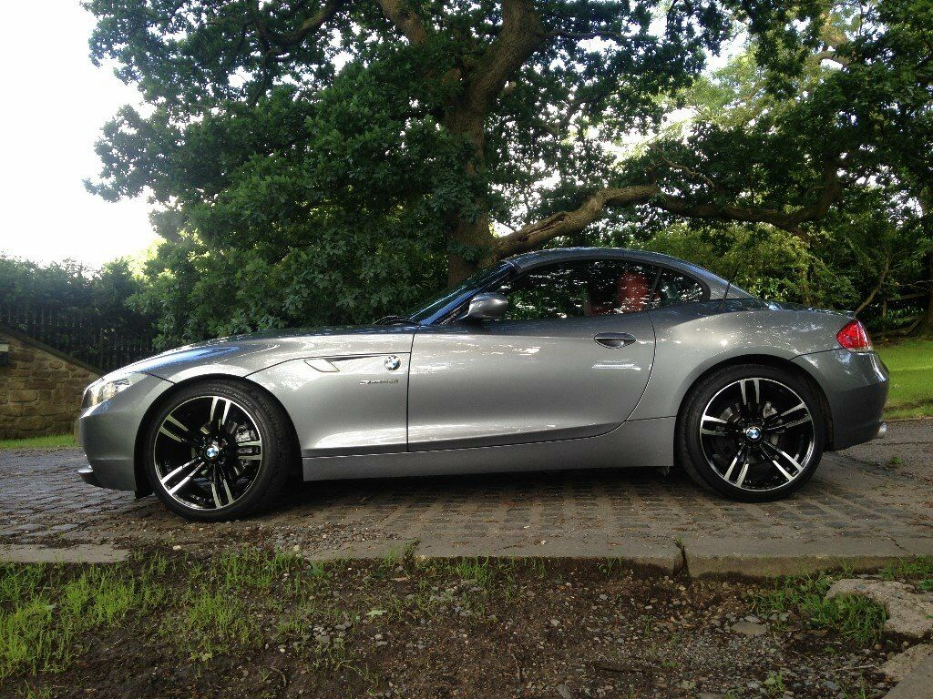 bmw z4 e89 2009 new shape 23i manual in burnley. Black Bedroom Furniture Sets. Home Design Ideas