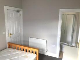 Double room with ensuite Portadown town centre AVAILABLE 7.10.18 bills included