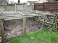 Large chicken run/pen 9ft x 9ft x 38 inches