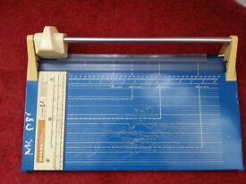 MYERS PRECISION TRIMMER MODEL 340/Guillotine