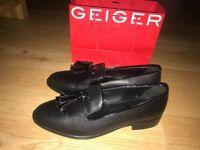 Kurt Geiger, Size 6, Livia Flat Shoes, never been worn