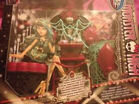 Monster High playset *New - boxed*
