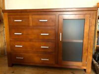 Chest of drawers with side cabinet