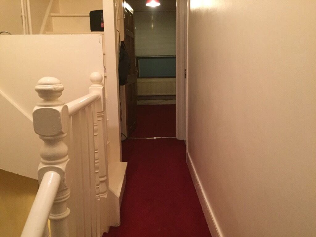 VERY NICE TWO BED ROOM FLAT AT HOE STREET WALTHAMSTOW E17 9AA AREA