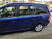 Zafira 2009 Automatic. Newly replaced battery, tires and timing belt