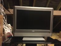 """Toshiba 18"""" TV & stand if required"""