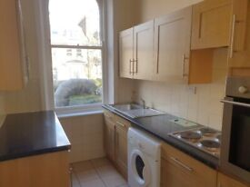 1 bedroom flat on Stroud Green Road, 5 minutes walk from Finsbury Park station and all shops