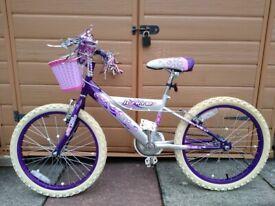 Girls Ignite Diva Bike + bell helmet