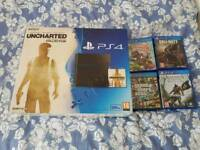 Playstation 4 + 4 Games