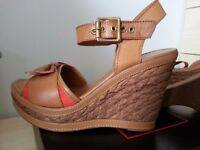 Christian De Riccio wedges (size 37/4)