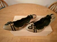 Burberry Thompson ballerina shoes size 5