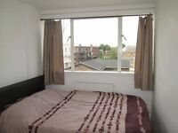 Queens Park / Maida Vale / central London / A large double room,all bills and free wifi inclusive