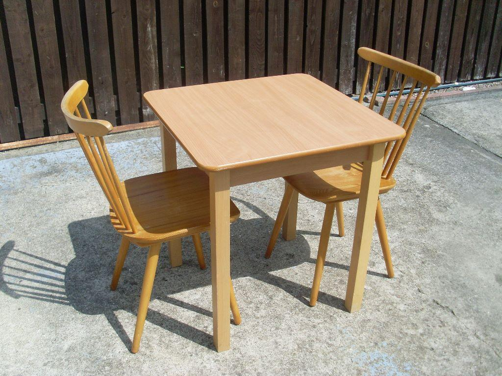 Small kitchen table and 2 pine chairs in chester le for Small kitchen table for 2