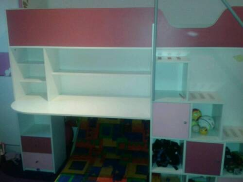 kinderbett kleiderschrank hochbett schreibtisch in berlin reinickendorf babywiege. Black Bedroom Furniture Sets. Home Design Ideas