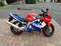 Honda CBR 600 F1 F4i 2001 - Low mileage