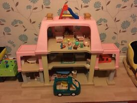 Vintage Little Tikes Grand Mansion Doll House